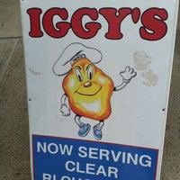 5/11/2012에 Kathleen님이 Iggy's Doughboys & Chowder House에서 찍은 사진