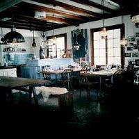Das Foto wurde bei Fischer's Fritz von Marc G. am 6/13/2012 aufgenommen