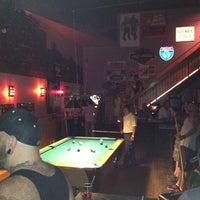 8/11/2012 tarihinde Danziyaretçi tarafından Alley Bar'de çekilen fotoğraf