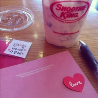 Photo taken at 스무디킹 / SMOOTHIE KING by Miso S. on 4/14/2012