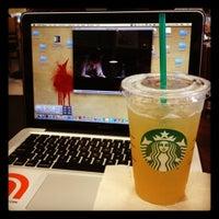 Photo taken at Starbucks by Mic L. on 4/26/2012
