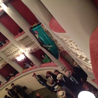 รูปภาพถ่ายที่ Teatro Metastasio โดย Giuseppe B. เมื่อ 3/8/2012