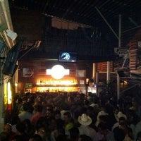 Foto tomada en New Vaquero por Beto el 5/20/2012