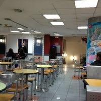 Photo taken at Burger King by Serhan G. on 3/18/2012