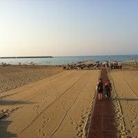 Photo taken at Rethymno Beach by Nikosp20 ✨ on 8/15/2012