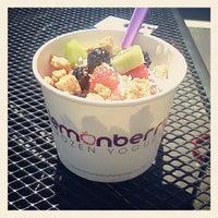Photo taken at Lemonberry Frozen Yogurt by Anna F. on 5/17/2012
