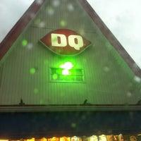 Foto diambil di Dairy Queen Grill & Chill oleh Carole L. pada 6/23/2012
