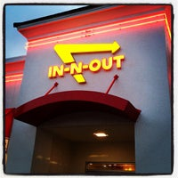 Photo taken at In-N-Out Burger by Jonathan O. on 3/12/2012