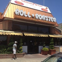 Photo taken at Roll N Roaster by Oso E. on 7/10/2012