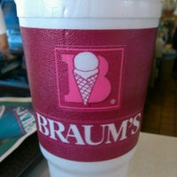 Photo taken at Braum's Ice Cream & Dairy Store by Bulldawg W. on 8/13/2012