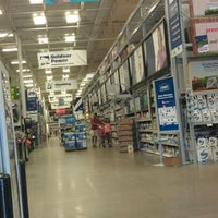 Photo taken at Lowe's Home Improvement by LaMont'e B. on 7/3/2012