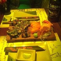 Foto tirada no(a) Restaurante Sushi Tokai por Fernando B. em 5/20/2012