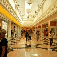 Foto scattata a Centro Commerciale Euroma2 da Justine T. il 7/25/2012