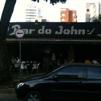 Foto tirada no(a) Bar do John por Douglas A. em 9/2/2012