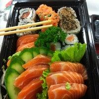 Foto tirada no(a) Fujisan Sushi por Marcio F. em 5/16/2012