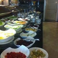 4/18/2012 tarihinde Zeynep K.ziyaretçi tarafından Limak Eurasia Luxury Hotel'de çekilen fotoğraf