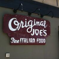 5/12/2012 tarihinde Mary M.ziyaretçi tarafından Original Joe's'de çekilen fotoğraf