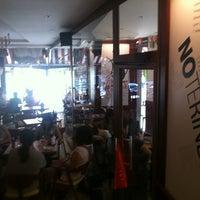 Foto tomada en Café Ágora por george B. el 6/28/2012