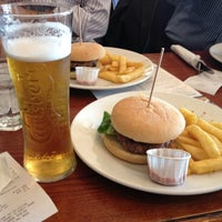 Photo taken at Liberty Bounds (Wetherspoon) by canaiyasrs on 9/8/2012