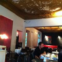 Das Foto wurde bei Schwarzes Café von JP B. am 6/20/2012 aufgenommen