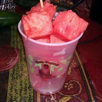 Photo taken at Oasis Tropical Fruteria by Kathie M. on 4/6/2012