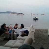6/27/2012 tarihinde Gio B.ziyaretçi tarafından Cafe del Mar'de çekilen fotoğraf