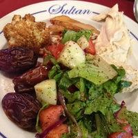 Foto tomada en Sultan Restaurant por Majed A. el 7/28/2012