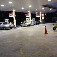 Photo taken at Shell Bandar Kinrara 5B by Caleo T. on 4/22/2012