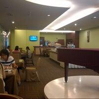 Photo taken at Restorant hotel sanno jakarta by Setiadi L. on 9/2/2012