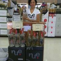 Foto tirada no(a) Goody Goody Liquor por Lenna N. em 7/21/2012
