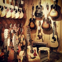 Photo taken at Guitar Center by Kin D. on 7/22/2012