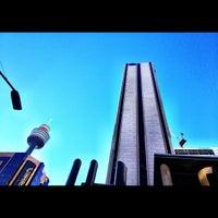Photo taken at Hilton Sydney by 高手놀리밑™ on 6/18/2012