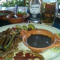 Foto tomada en Restaurante Mirador - Piramides por Adriana L. el 8/4/2012