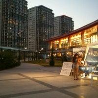 Foto tirada no(a) Atlantis Alışveriş ve Eğlence Merkezi por Deniz G. em 7/19/2012