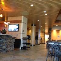 4/20/2012에 Sean M.님이 Alaska Lounge에서 찍은 사진