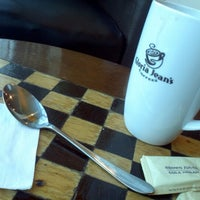 Photo taken at Gloria Jean's Coffee by anggi r. on 9/12/2012