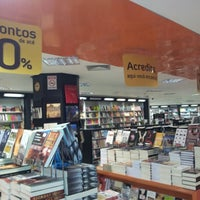 Photo taken at Livraria Leitura by Ricardo M. on 7/11/2012