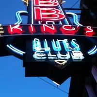 Photo taken at B.B. King's Blues Club by Allison L. on 4/11/2012