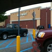 Das Foto wurde bei Walmart Supercenter von Ray S. am 8/17/2012 aufgenommen