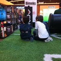 รูปภาพถ่ายที่ Bimeks โดย Arzu เมื่อ 4/21/2012
