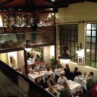 8/11/2012 tarihinde Cintia A.ziyaretçi tarafından 1900 Pizzeria'de çekilen fotoğraf