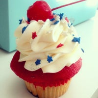 Photo taken at Trophy Cupcakes by Kate K. on 7/5/2012