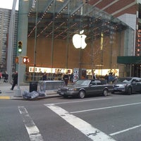 Photo taken at Apple Upper West Side by Bruno M. on 3/15/2012