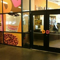 Photo taken at Dunkin' Donuts by Tiffiney L. on 8/15/2012
