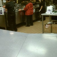Photo taken at Taco Bell & Pizza Hut Expess by Robert W. on 3/9/2012