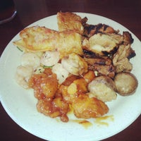 Photo taken at Elite Buffet by Jarell Edouard S. on 7/11/2012