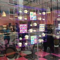 Photo taken at The Hummingbird Bakery by Chatitze M. on 5/7/2012