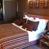9/8/2012 tarihinde Joo G.ziyaretçi tarafından Avantgarde Collection Levent Hotel'de çekilen fotoğraf