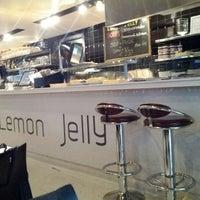 Снимок сделан в Lemon Jelly Café пользователем Ugur B. 4/29/2012