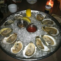 Photo prise au Island Creek Oyster Bar par Su L. le7/7/2012